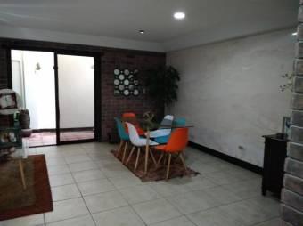 RS Vende Hermosa Casa en San Francisco de Heredia Listing 19-1329