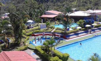 RS Vende Hermoso Complejo Turístico en Turrialba Listing 19-1651