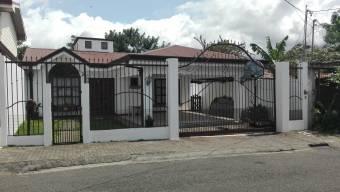 $1100, Casa Independiente, Pozos de Santa Ana