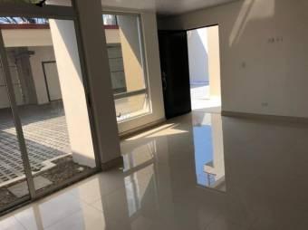 Alquiler apartamento  en Santa Ana Lindora  MT 20-