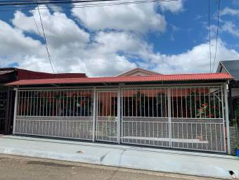 Casa en venta en Ciudad Quesada #21-172