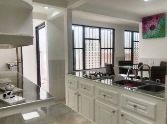 CityMax vende casa en Escazú centro con apartamento estudio