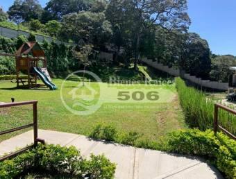 Lote Condominio con piscina San Rafael de Alajuela #1007