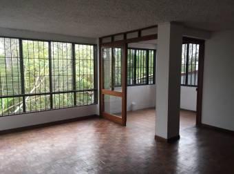 Amplio apartamento en LOS YOSES!