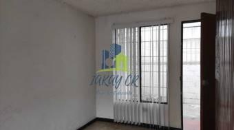 Apartamento de Dos Niveles en Condominio en Venta en Montelimar, Calle Blancos
