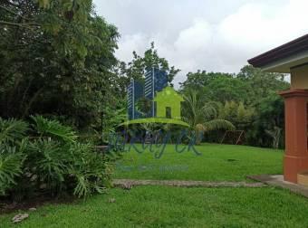 Alquiler Amplia Casa completamente Amueblada Santo Tomás Santo Domingo