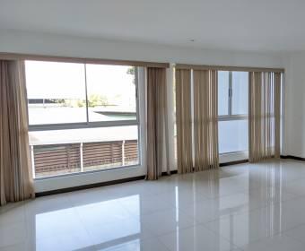 Beautiful apartment in La Uruca.