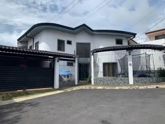 Casa en venta en San Isidro de Coronado a 300m de la iglesia de San Isidro Labrador