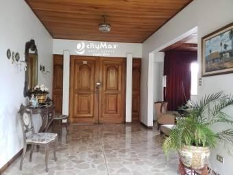 Casa en venta sobre Boulevard Rohrmoser San José Costa Rica