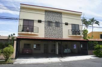 Amplio y cómodo apartamento disponible para usted en Pavas, EC 20-114