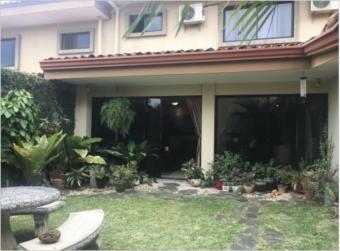 TERRAQUEA Beautiful house for sale in Condominium in Guachipelin. with 269 m2 habitable