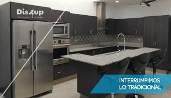 Duplex a la Venta o Alquiler Casa para vivir y/u Oficina Curridabat