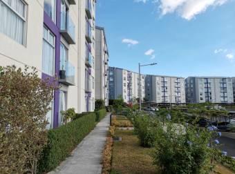 Sale of spacious and bright apartment for sale in Torres de Granadilla
