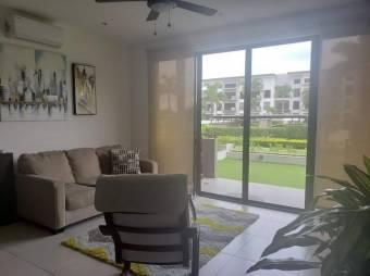 Alquiler de Apartamento en Brasil de Santa Ana. 21-1410a