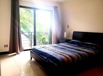 Se alquila apartamento amoblado en Vistas de Cariari