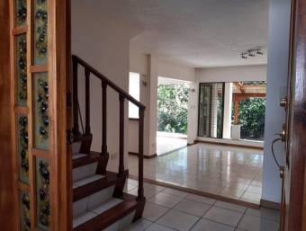 Casa en venta en San Rafael de Escazú