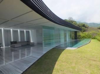 Se Venden Casas Nuevas de Autor en Santa Ana 21-227