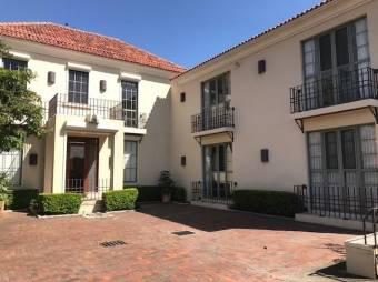 Se Vende Casa Espectacular en Zona Exclusiva de San Jose 20-1310