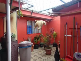 RS Vende Cómoda Casa en la Trinidad de Moravia Listing 20-254