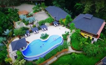 Luxushotel surrounded by the jungle and close to the beach for sale - Central Pacific