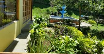 Hermosa quinta con construcciones de primera