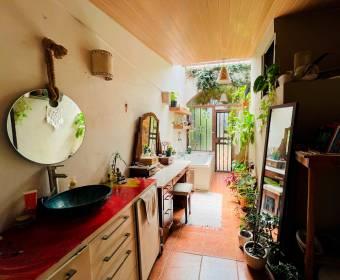 Hermosa casa rustica en residencial en Cariari.