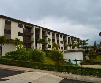 Beautiful condominium apartment in Curridabat. Bank auction.