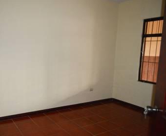 Hermosa casa de 1 planta en San Miguel, Desamparados.