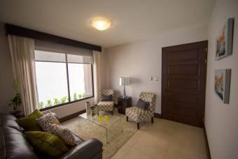 Venta de Casas en Condominio Santa Rita ( 3 dormitorios + terraza)