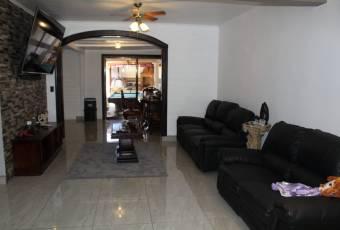 Se vende casa en Alajuela