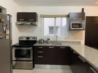 Alquiler de hermoso apartamento en Condominio de San Rafael, Alajuela. #20-1246