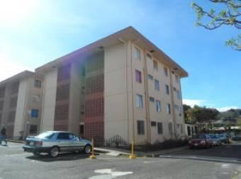 Seguro apartamento en Condominio de Curridabat Centro. #20-1193