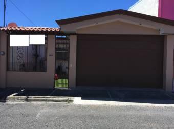 Venta de casa con ubicación inmejorable en Cartago Centro. #20-1243