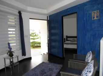Casa con piscina  Condominio Tierras del Café #1103