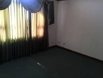 TERRAQUEA Casa en condominio de 3 habitaciones para alquiler en Sabanilla de Montes de Oca!