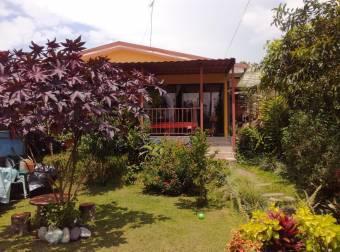 Venta de estupenda propiedad en Paraíso de Cartago. #20-1244