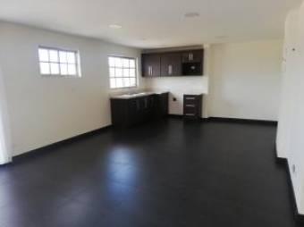 Estupendo apartamento en alquiler Santa Ana. #20-619