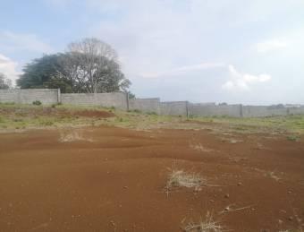Terreno con condiciones para construcción de condominio
