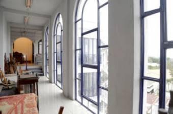 Venta del estupendo edificio Neoclásico (full inventario) en Escazú Centro. #20-1301