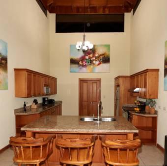 Casa vacacional $179/noche 2 noches mínimo 12 personas
