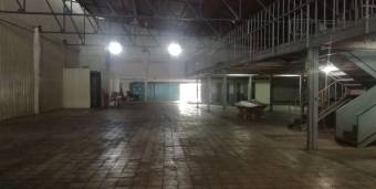 Se alquila bodega industrial/comercial en Curridabat