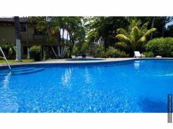 V#399 Se Alquila Casa en Exclusivo Condominio en Jacó