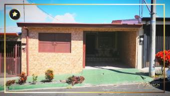 Casa en Residencial Jardines de Tobosi