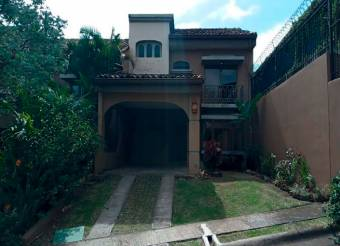 Venta de casa ubicada en  San José, San José, Escazú, San Rafael