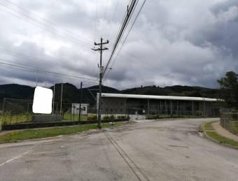 Venta de edificio ubicado en Cartago, San Nicolás, La Lima