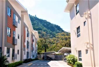 Apartamento Rio Oro, Santa Ana, para estrenar. (Código 1199)