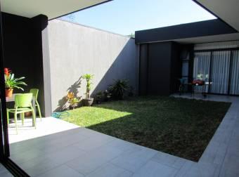 Casa en Condominio Nuevo 3 Hab, Family Room, Una Planta
