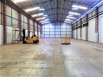 Alquiler de Bodega Industrial en Tibás - 3062