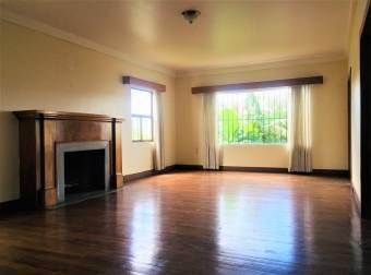 En venta excelente propiedad Comercial en Los Yoses - 3043, $ 650,000, 4, San José, Montes de Oca