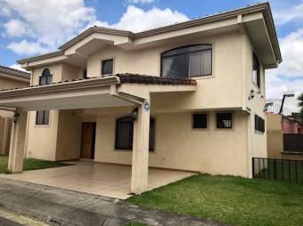 Casa en Venta en Pinares, Curridabat